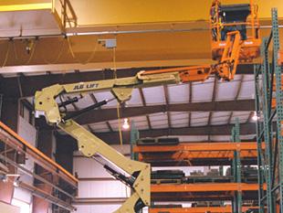 Elevador de pluma articulada. Modelo E400A